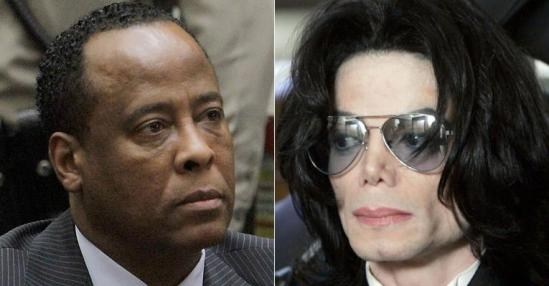 Condenado pela morte de Michael Jackson, médico deixa cadeia e pode lançar biografia não autorizada do cantor
